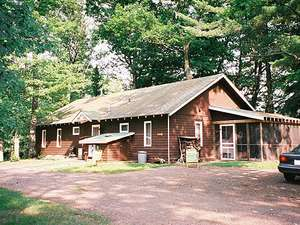 Cabin rental in northern wisconsin henzl 39 s for Northwoods wisconsin cabin rentals